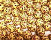 20 Fimo Polymer Clay Round Beads Yellow leopard animal print beads 12mm