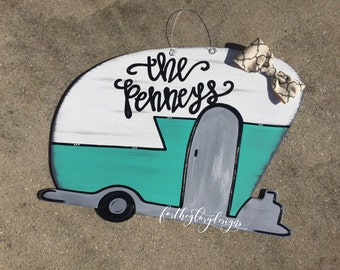 camper door hanger // teal + bow