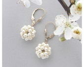 Cream Swarovski Pearl Earrings with Gold Filled Ear Hooks / Pearl Cluster Earrings / Pearl Ball Earrings