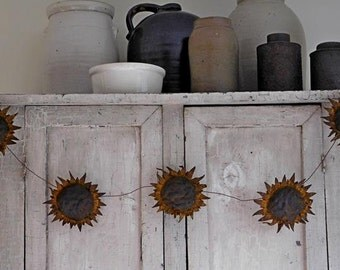 Handmade Primitive Sunflower Garland, Country Farmhouse Sunflower Heads, Handmade Primitive Decor 4 ft. Long