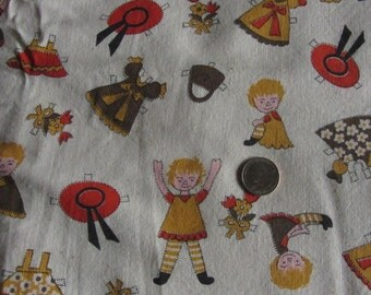 70s Fabric Juvenile Print Cotton Off White Paper Dolls 73 x 42