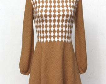 amazing vintage 60's 70's designer St. John knits mod mini dress diamond pattern