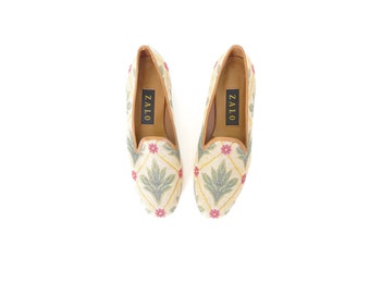 Vintage Tapestry - Needlepoint Loafers. Size 6.5 - 7. Tan - Green - Red. Zalo Slip On Loafers. Made in Spain