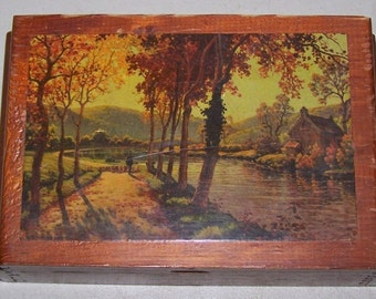 Vintage 1950's, 1960's Wooden Barricini Candy Box