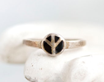 Peace Ring - Sterling Silver and Black Enamel - Size 5.5
