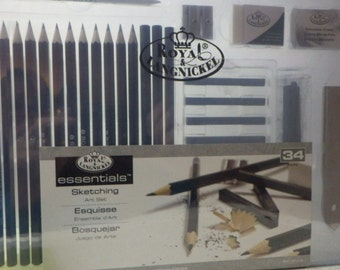 Royal & Langnickel 34 Piece Artist Sketching Set With Case