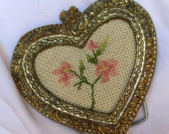 Heart picture Vintage gold metal frame small fabric pink flowers design gift decor stand hinge token romantic love dresser table memento