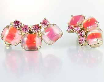 Givre glass Earrings, Peach Pink rhinestone vintage 1960s jewelry, Juliana style Ear climber
