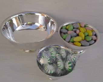 Vintage Revere bowls - silver plate bowls - Gorham - footed bowl - tabletop - candy dish - nut dish - nesting bowls - set of bowls