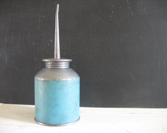 Vintage Oil Can Squirter - Turquoise Blue