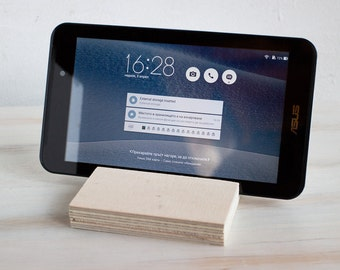 iPhone 6 Dock Oak Wood iPhone Stand Wooden iPhone Stand BlackBerry iPad Dock Samsung wood station natural slice wood stand Lg Stand