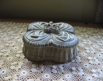 Syroco Vanity or Trinket Box