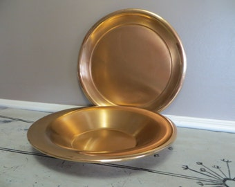 Beautiful Brass Serving Bowl and Plate Saxton Inc California Serving Dish Serving Plate Brass Dish Copper Dish Gold Tone Mid Century Bowl