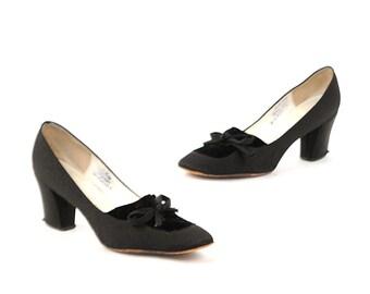 Vintage 1960's Andrew Geller Black Velvet Bow Tie Baby Doll Mod Cocktail Chunky Heel Shoes 7.5