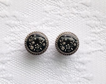 """Black and Silver Floral Button Vintage Style Pair Plugs Gauges Size: 00g (10mm), 1/2"""" (12mm)"""