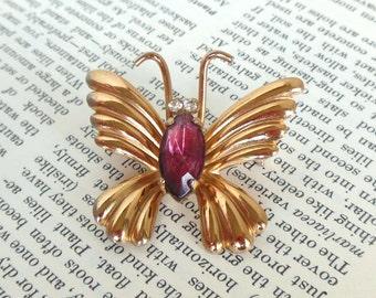 Vintage Coro Butterfly Brooch Rhinestone Lavender Gold 50's (item 177)