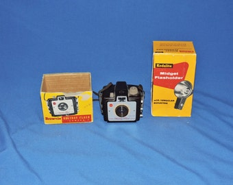 Vintage Kodak Brownie Holiday Flash Camera & Midget Flasholder With Boxes Mid Century Photography Lumaclad Reflector Yellow Box