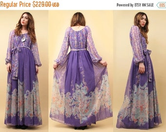 24HR FLASH SALE 70s Vtg Stunning Lilac Chiffon Poet Sleeve Floor Length Gown / Maxi Dress Couture Versailles - esque Gucci Runway Vibe / Sma