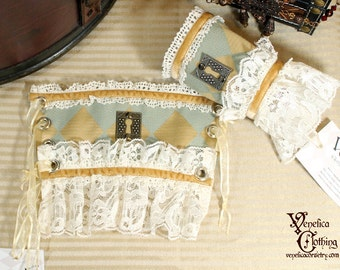 Steampunk Keyhole Single Wrist Cuff -- Ready to Ship, Size S -- Seafoam, Ivory, and Pale Light Gold with Antique Silver