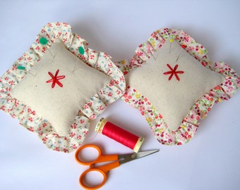 Fabric Pin Cushions - Beige and Dainty Flowers , Sewing Accessories, Pin Storage