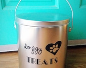 Dog Treat Container in Platinum
