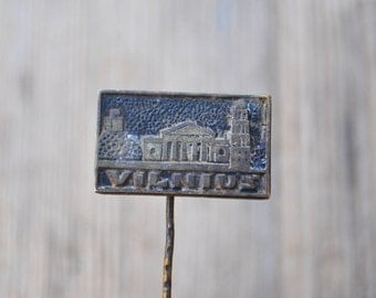 "Vintage Lithuanian brass badge,pin.""VILNIUS"".USSR era."