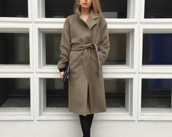 100% Wool Olive color dressy Overcoat with floral lining