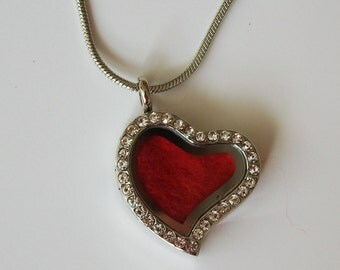 Locket pendant, glass,golden, wool,red, Heart Pendant,textile jewelry, felted jewelry, handmade, Canadian, wedding accessory, for bride