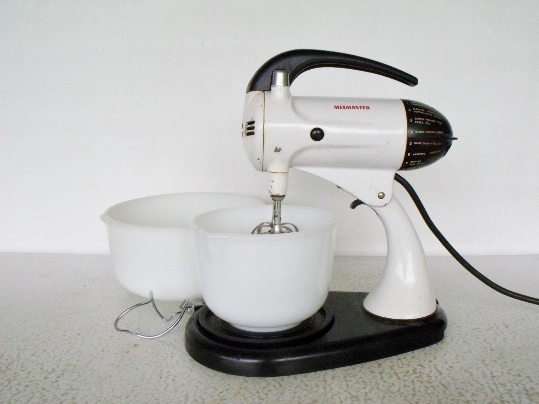 Sunbeam Electric Stand Mixer ~ Sunbeam stand mixer s mixmaster model a original bowls