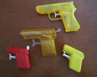 Lot of Vintage Water Pistols for Pieces Parts or Restoration.