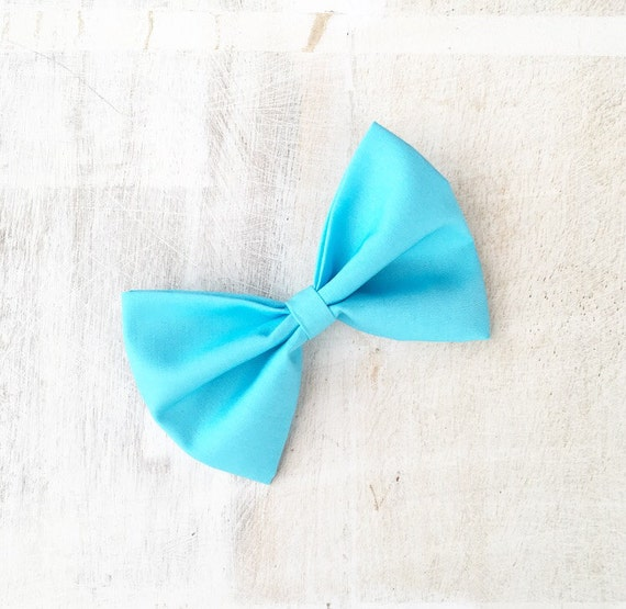 Turquoise blue hair bow