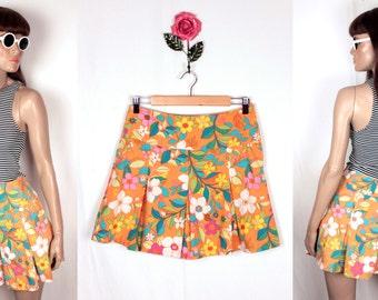 vintage mod floral skirt // box pleats