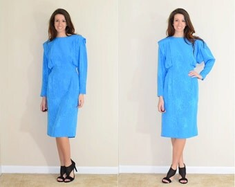 1970s Long Sleeve Blue Printed Marble Dress with Pleat Detailing