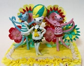 Retro beach cats , cake topper , party decor , summer decoration , centerpiece , clay and spun cotton figures , one of a kind , ooak