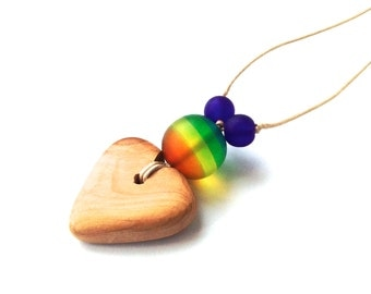 Aphrodite Teething Necklace - Nursing Necklace - Breastfeeding Necklace - Juniper Heart - Rainbow Necklace