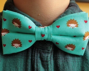 Cute hedgehog bowtie / bow tie - turquoise, hearts