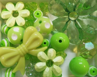 40CT. Green Bead Collection, (Q14)