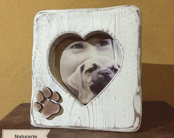 "Picture frame ""Heart"" with paw"