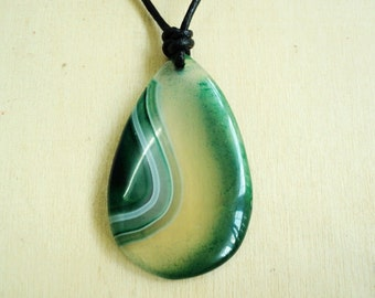 Beautiful Unique 70ctw Natural Green Agate Genuine Leather Handmade Adjustable Necklace - For Men/Women
