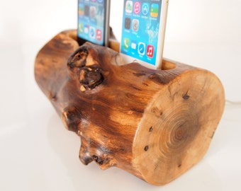 iPhone 6 / iPhone 6s plus charging station / iPhone 5s charging station -  dual dock - walnut log - unique present