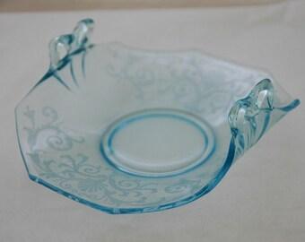 Vintage 1930 BLUE VERSAILLES by FOSTORIA Bow Handle Bon Bon Excellent Condition