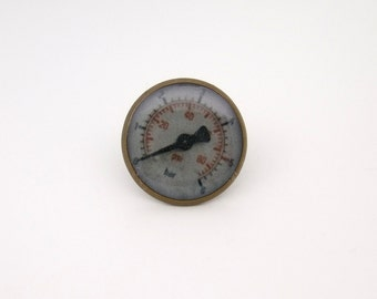 Steampunk Pressure Gauge Tie Tack in Antique Brass  16mm