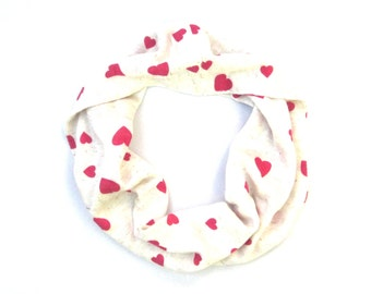 Kid Heart Scarf, Valentine Scarf, Toddler Scarf, Children Clothing, Girl Scarf, Child Scarf, Baby Bib Scarf, Ready to Ship