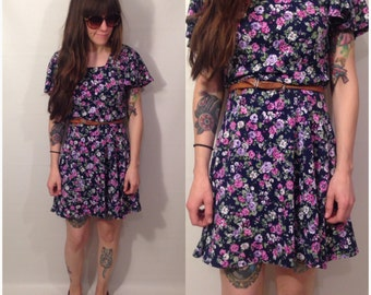 Vintage 90s Dark Navy Purple Floral Skater Dress Short Sleeve Size Medium