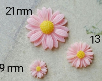 Light Pink Colour Little Chrysanthemum Resin Flowers of Different Sizes (.tc .sm .sg)
