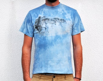 Vintage 90s Tie Dye Light Blue Wolf Pack Print T Shirt