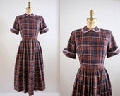 Vintage 1950s Agastaches Dress / 50s brown blue purple plaid peter pan collar dress / Medium M
