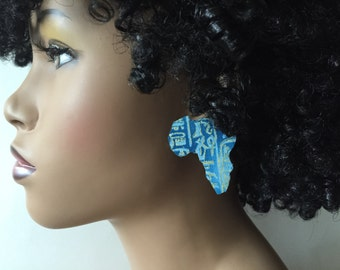Africa Stud Fabric Covered Wood Earrings - Blue