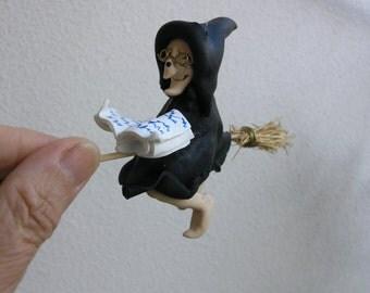 Witch figurine.  Halloween witch doll. Halloween art doll. Halloween dolls. Kitchen witch.