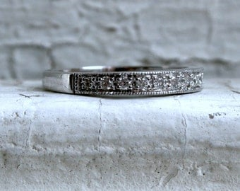 Vintage 14K White Gold Pave Diamond Wedding Band with Beaded Edge.